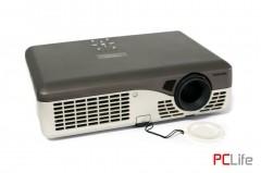 TOSHIBA TLP-300 - проектори втора ръка